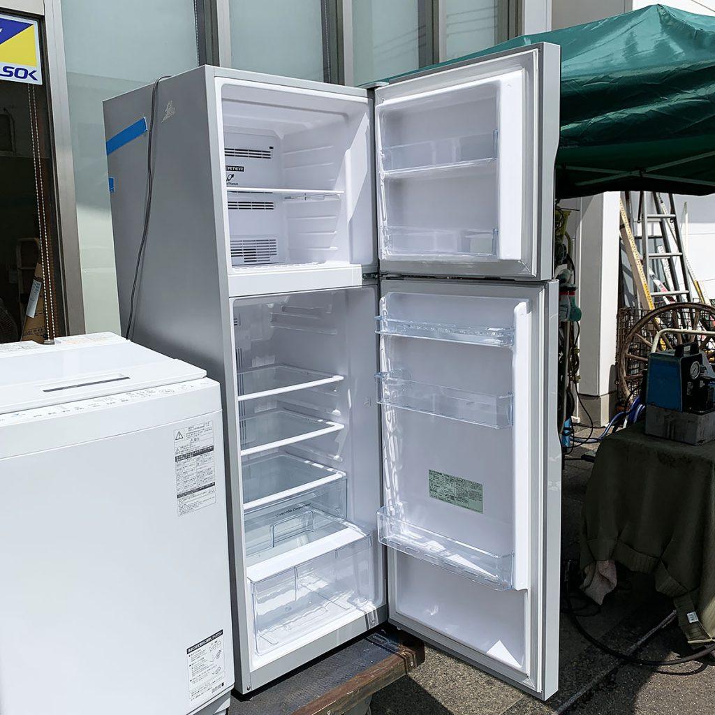 出張買取冷蔵庫内側